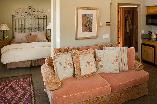 The Inn at Lost Creek: Residence Suite