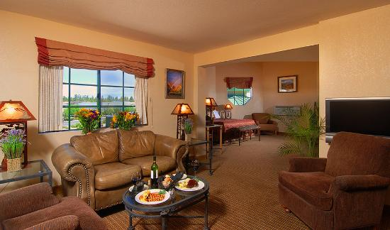 The Grand Hotel at the Grand Canyon: The Grand Suite