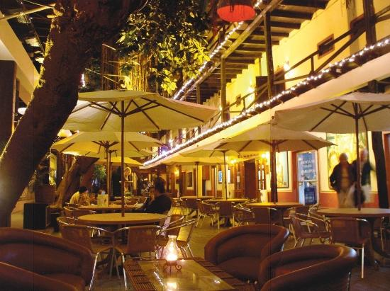Hotel la Siesta: Courtyard La Siesta