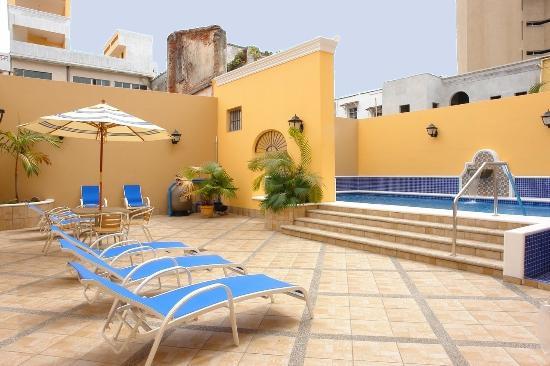 Hotel la Siesta: Pool La Siesta