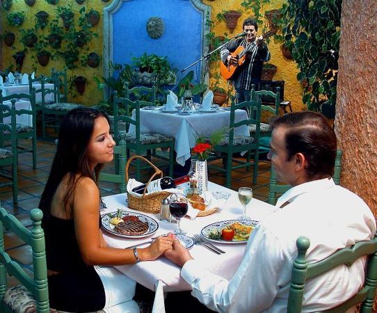 Royal Villas Resort: Restaurant