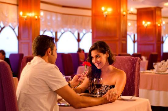 Crown Paradise Club Cancun: Sans Soucis - French Restaurant