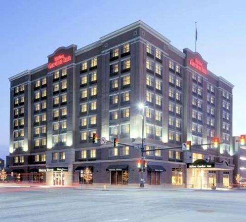 Hilton Garden Inn Omaha Downtown / Old Market Area: Exterior