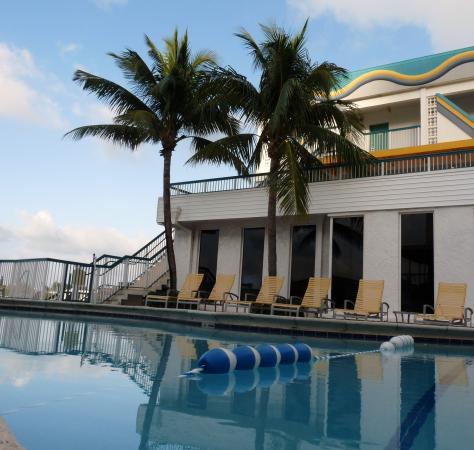 BEST WESTERN On The Bay Inn & Marina