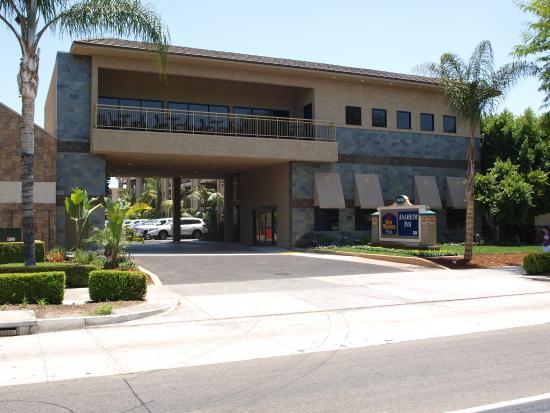 BEST WESTERN PLUS Anaheim Inn: Hotel Exterior