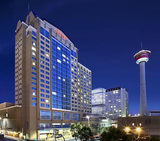 Hyatt Regency Calgary: Hotel Exterior