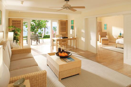 Elbow Beach, Bermuda: Premier Suite Living Room