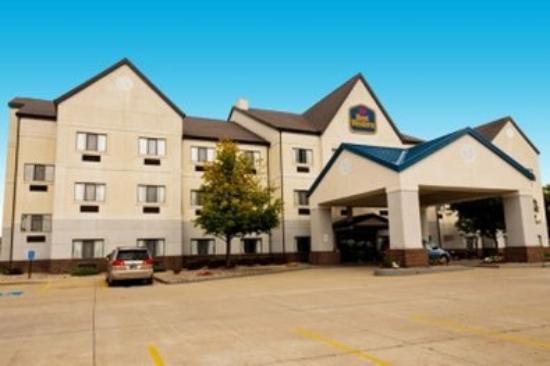 Photo of BEST WESTERN Inn & Suites Elkhart
