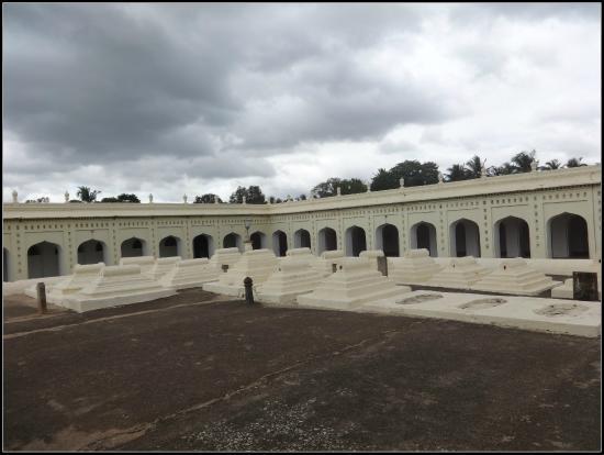 Srirangapatna: Tomb of Tipu Sultan's family members