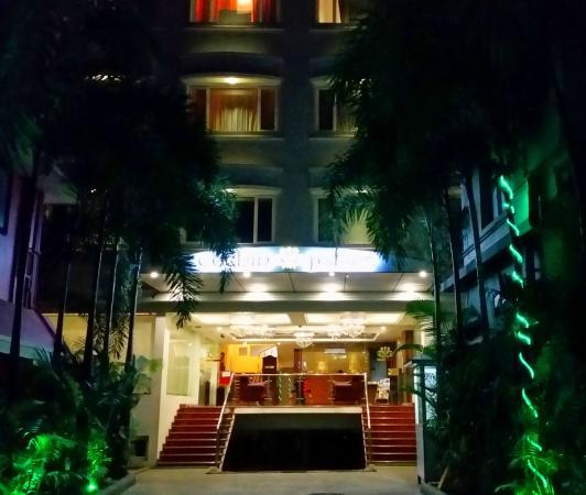Cochin Palace: Entrance