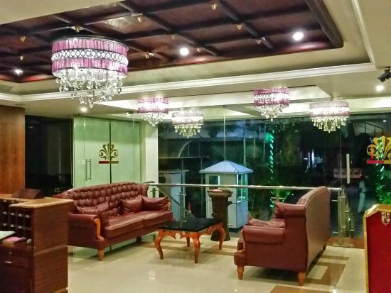 Cochin Palace: Foyer