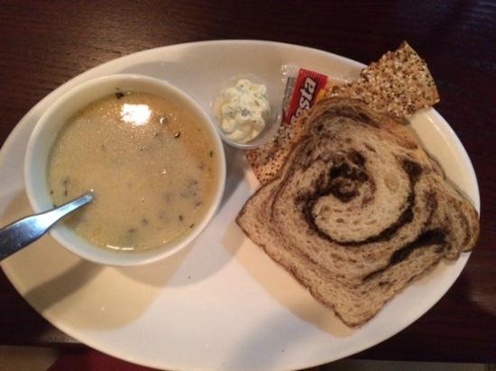 Burnstad European Cafe: Burnstad's Wild Rice Soup