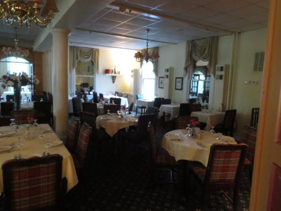 The Pine Crest Inn: The Restaurant