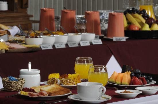Don Antonio Posada: Desayuno