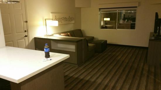 HYATT house San Diego/Sorrento Mesa: Living room