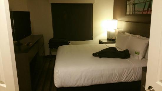 HYATT house San Diego/Sorrento Mesa: Bedroom