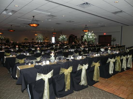 Quality Inn & Suites Jamestown: Wedding and Event Center
