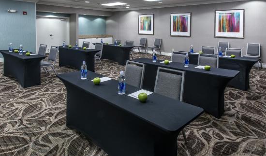Homewood Suites by Hilton Montgomery: Meeting Room