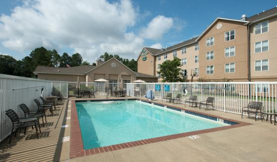 Homewood Suites by Hilton Montgomery: Outdoor Pool