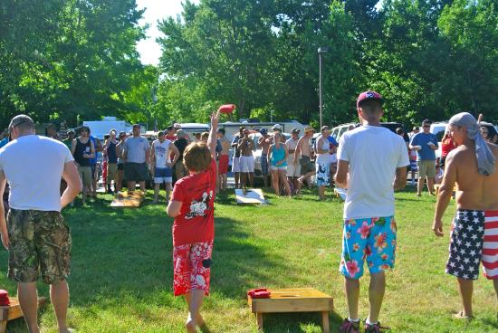 Bethpage Camp-Resort: Corn Hole Tournament