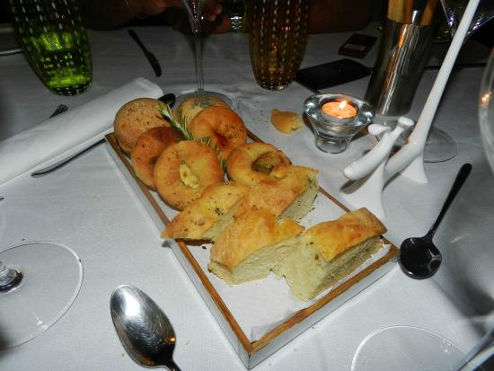 La Capinera: assortimento di pane