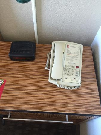 Perfect Red Roof Inn El Paso West: Phone And Clock (needs A Wipe Down)