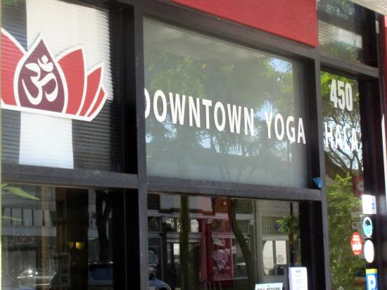 ‪Downtown Yoga Shala‬