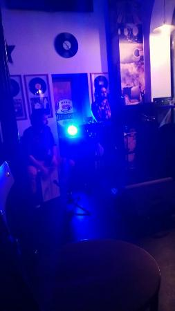 Metropolis Music Café