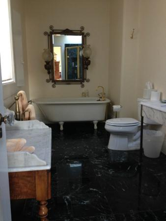The Parsonage Bed and Breakfast: The Alma Spreckles bathroom