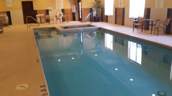 Holiday Inn Express Hotel Suites Lamar Pool