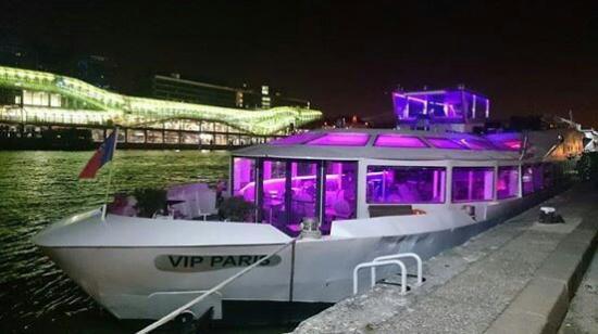 bateau vip paris