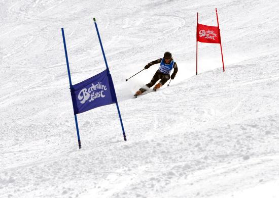 Berkshire East Ski Resort: Son Brighton compeeting in the Tri State U16 GS race