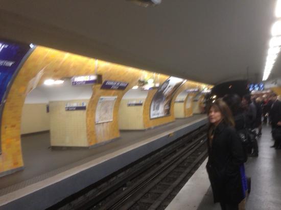 Ternes station on the Metro in Paris - Picture of Paris Metro ...