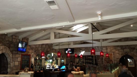 Tarpy's Roadhouse : Inside