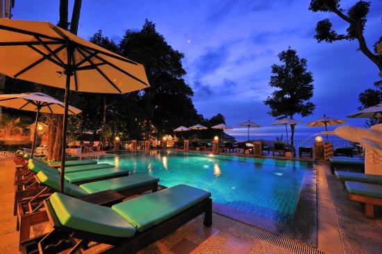 Tri Trang Beach Resort Swimming Pool