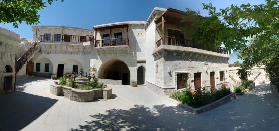 Holiday  Cave Hotel: outdoor
