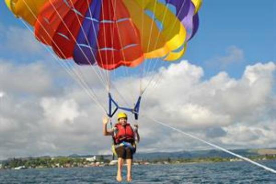 Kawarau Jet Rotorua: Paragliding at Lake Rotorua with Kawarau Jet