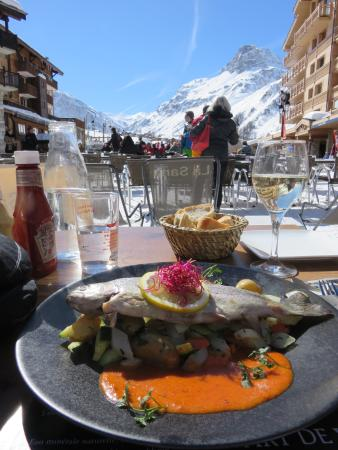 La Sana : Light and tasty lunch with atmosphere and great view