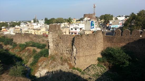 Malik-i-Maidan: View of Bijapur Fort Walls