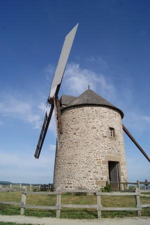 Le Moulin de Moidrey: il mulino