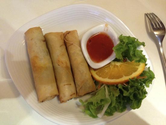 Supan's Restaurant : Spring rolls