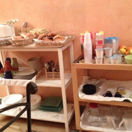 "Schilizzi Hotel : ""Breakfast bar"""