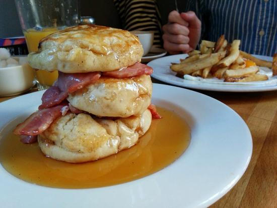 Wild Cafe: Serious bacon and pancakes!