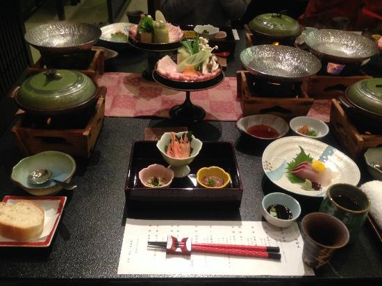Hotel Yachiyo: 夕食の写真