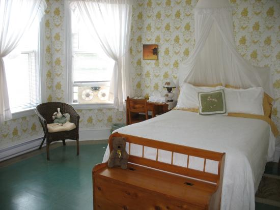 The Nelson House Bed and Breakfast: Country Garden Guest Room