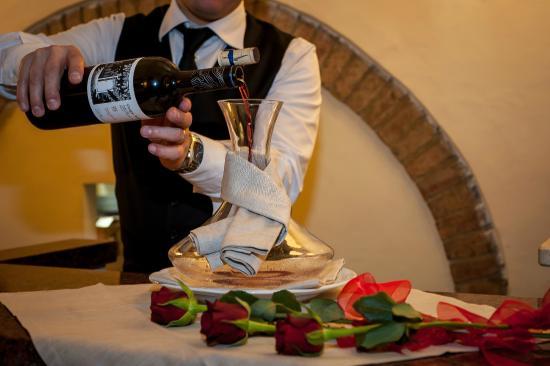 Osteria dei Poeti: ottimo vino volterrano