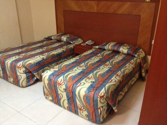Mookai Hotel: The beds