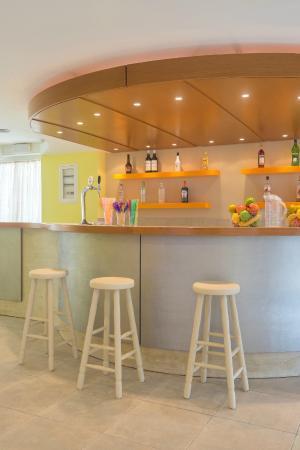 Majestic Hotel: Bar