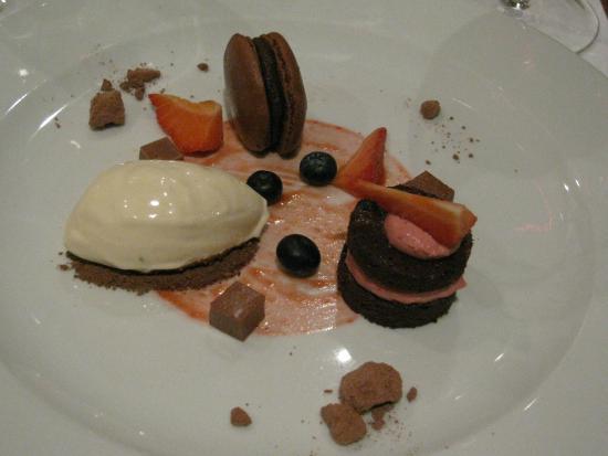 Gere Mandula Wine Bar: From the degustation menu... with tobacco ice cream