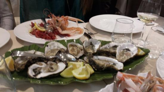 Nola, إيطاليا: Il vero pesce fresco....